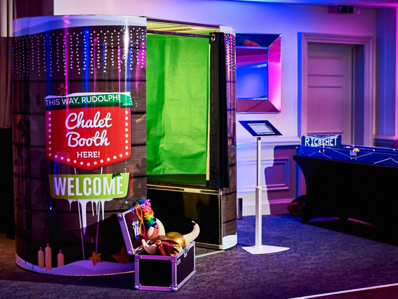 Woodlands Park_Chalet Booth