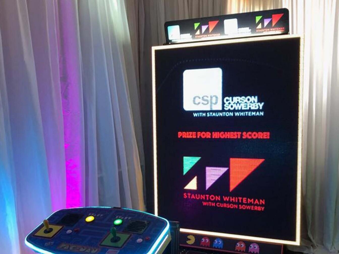 Pacman screen branding