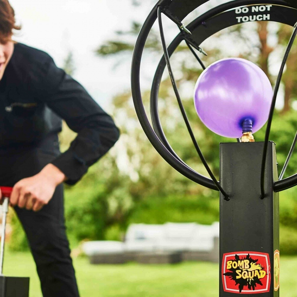 Balloon Bomb Squad Game