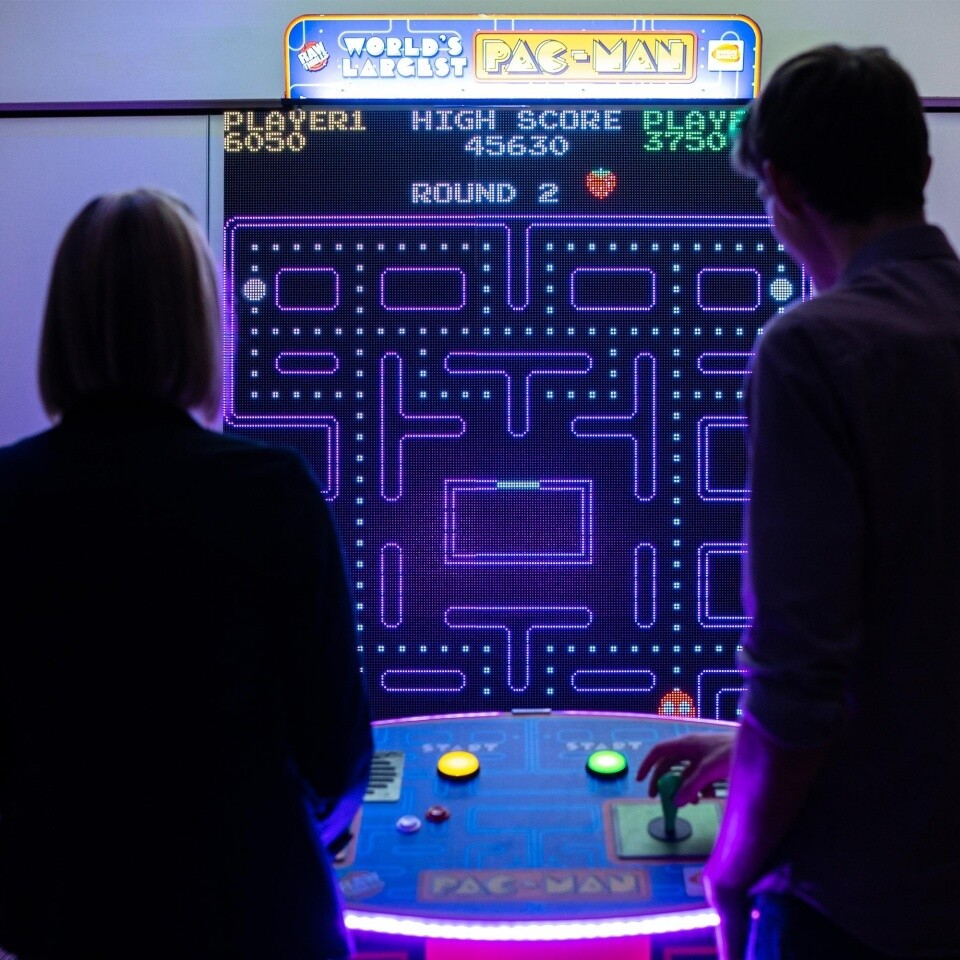 Giant Pacman 5