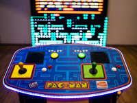Giant Pacman 1