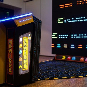 Giant Pacman 4