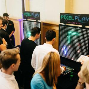 Saffery pixel play
