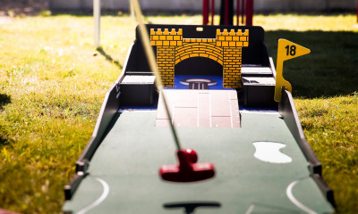 Crazy Golf Outdoor games Hire London Surrey Fetcham
