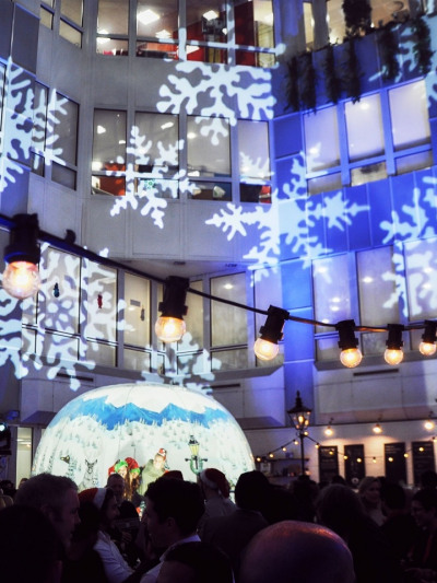 Atrium Christmas Lighting